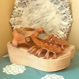 Sbicca Vintage Collection sandals size 9
